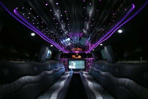 Escalade Limousine in New Jersey for prom
